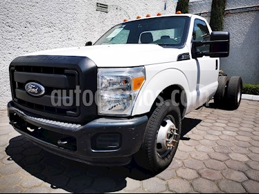 Ford F-350 XL 5.4L Super Duty usado (2014) color Blanco Oxford precio $360,000
