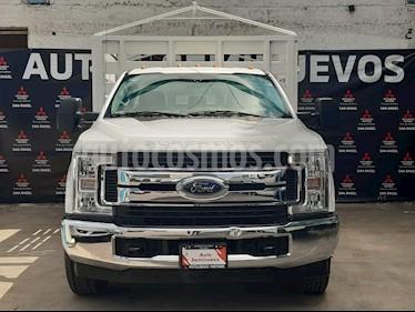 Ford F-350 XL 6.2L Plus Ac usado (2017) color Blanco precio $469,000