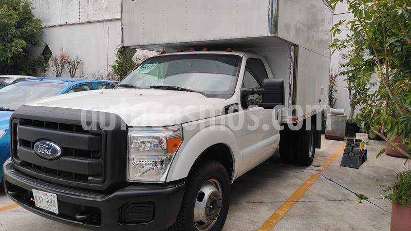 Ford F-350 XL Plus 5.4L Super Duty usado (2016) color Blanco precio $459,000