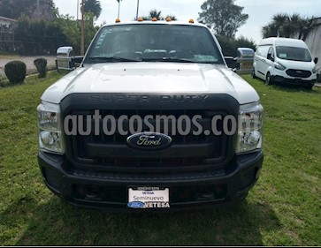 Ford F-350 XL 6.2L usado (2016) color Blanco Oxford precio $395,000