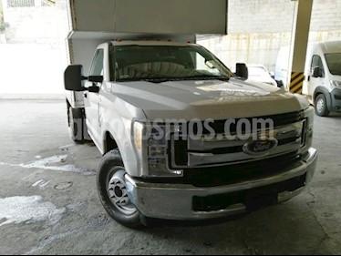 Ford F-350 XL 6.2L usado (2017) color Blanco precio $515,000