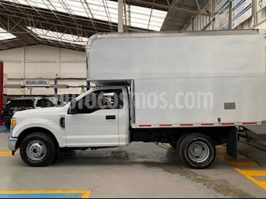 Ford F-350 XL 6.2L usado (2017) color Blanco precio $520,000