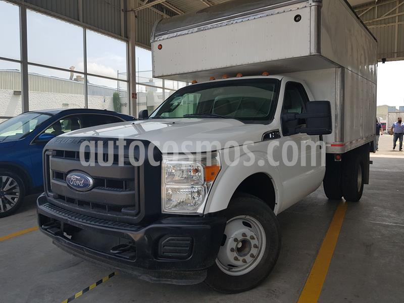 Ford F-350 XL 5.0L usado (2016) color Blanco precio $440,000