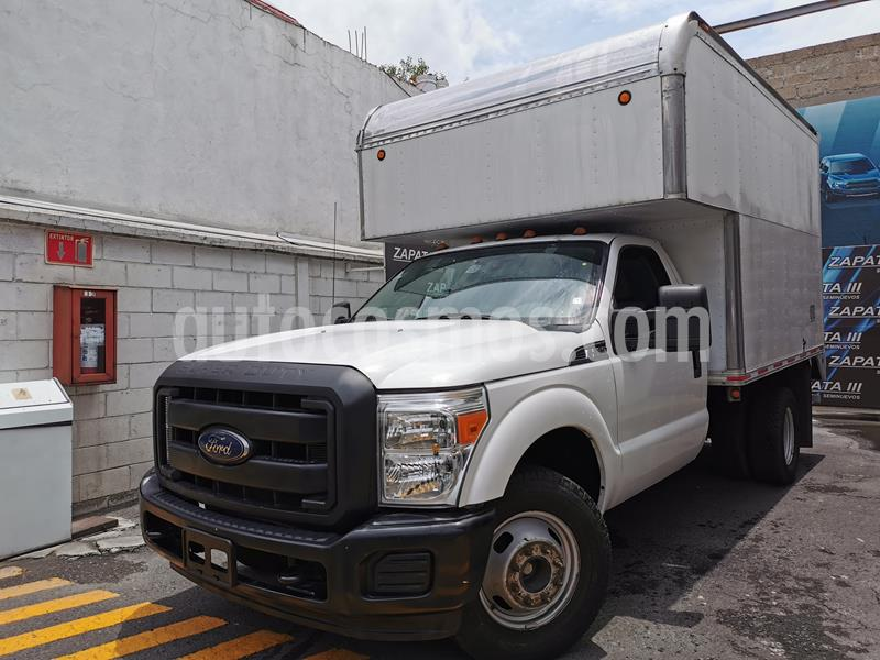 Ford F-350 XL 5.4L Super Duty usado (2015) color Blanco precio $385,000