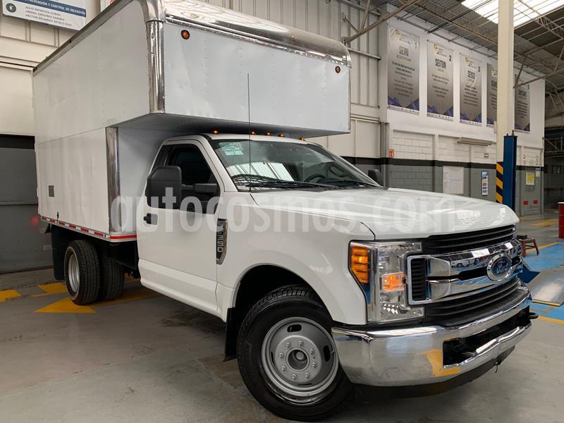 Ford F-350 XL 6.2L usado (2017) color Blanco precio $495,000