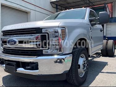 Ford F-350 XL 6.2L Plus usado (2019) color Plata precio $599,999