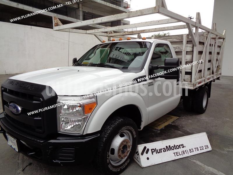 Ford F-350 XL 6.2L Aut Ac usado (2013) color Blanco precio $299,000