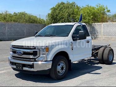 Ford F-350 XL 5.4L Chasis usado (2020) color Blanco precio $672,600