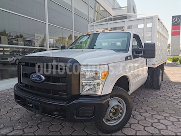 Ford F-350 XL 5.4L Super Duty usado (2016) color Blanco Oxford precio $435,000