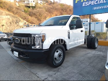 Ford F-350 XL 6.2L Aut Ac usado (2019) color Blanco Oxford precio $608,800