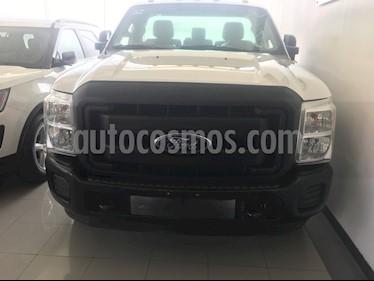 Foto venta Auto usado Ford F-350 XL 5.4L Chasis (2016) color Blanco precio $384,000