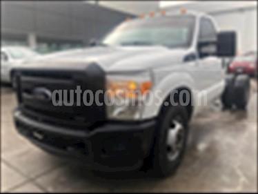 Ford F-350 XL 6.2L Aut usado (2016) color Blanco precio $290,000