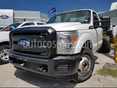 foto Ford F-350 XL 6.2L usado (2015) color Blanco Oxford precio $345,000