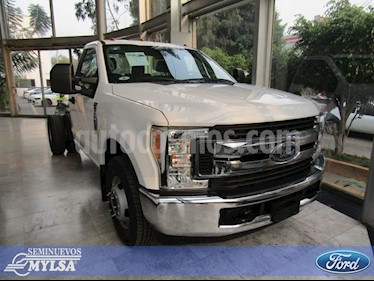Foto venta Auto Seminuevo Ford F-350 XL AT (2017) color Blanco precio $525,000