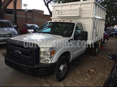 Foto venta Auto Seminuevo Ford F-350 XL MT (2012) color Blanco precio $325,000