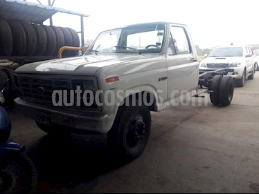 Foto venta Auto Usado Ford F-4000 3.9L 4x2 Largo (1986) color Blanco