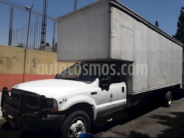 Ford F-450 KTP XL 6.8L Aut usado (2003) color Blanco Oxford precio $195,000