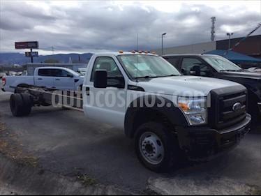 Ford F-450 XL 6.8L Aut usado (2016) color Blanco precio $399,000