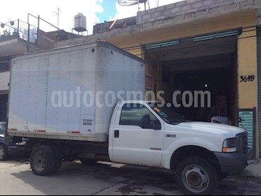 Foto venta Auto Seminuevo Ford F-450 XL 6.0L Super Duty TDi (2004) color Blanco precio $130,000