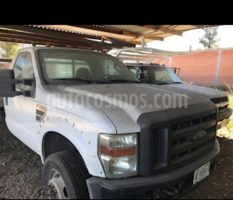 Ford F-450 XL 6.8L Super Duty usado (2008) color Blanco precio $240,000