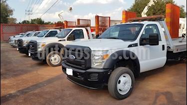 Foto venta Auto Seminuevo Ford F-450 XLT 7.5L Super Duty (2012) color Blanco precio $154,600