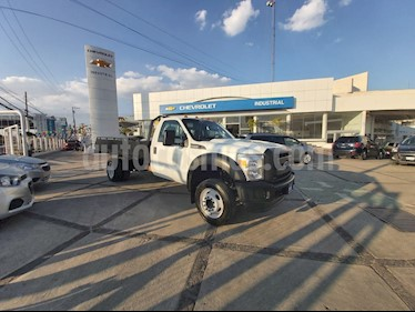 Ford F-550 XL 6.8L Super Duty Aut usado (2016) color Blanco Oxford precio $529,000