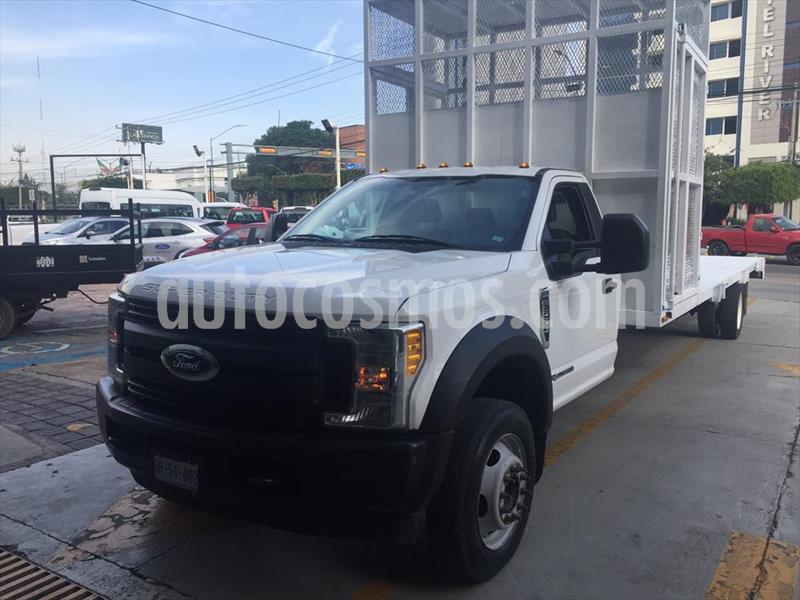 Ford F-550 KTP 6.7L Diesel Aut usado (2017) color Blanco precio $585,000