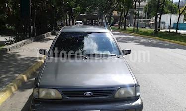 Foto venta carro usado Ford Festiva Notch - GLX L4 1.3 8V (1997) color Gris precio u$s1.250