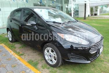 Ford Fiesta Hatchback SE  usado (2015) color Negro precio $155,000