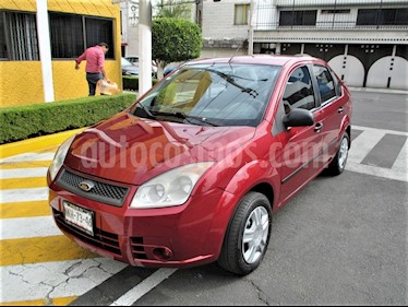 Ford Fiesta Hatchback First  usado (2008) color Rojo Vivo precio $59,900