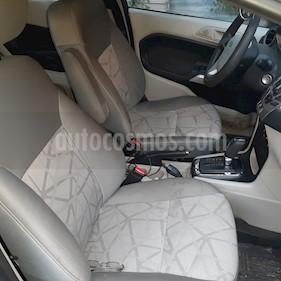 Ford Fiesta Hatchback SE  usado (2013) color Gris Nocturno precio $88,000