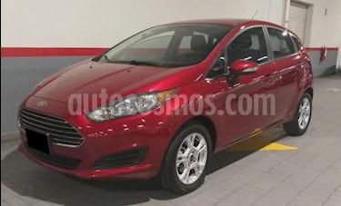 Foto Ford Fiesta Hatchback 5p SE HB L4/1.6 Aut usado (2016) color Rojo precio $167,000