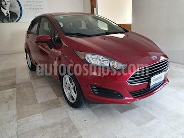 Ford Fiesta Hatchback SE  usado (2017) color Rojo precio $185,000