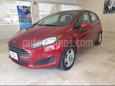 Ford Fiesta Hatchback SE  usado (2017) color Rojo precio $178,000