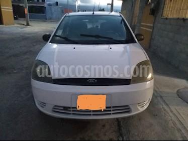 Ford Fiesta Hatchback First  usado (2004) color Blanco precio $45,000