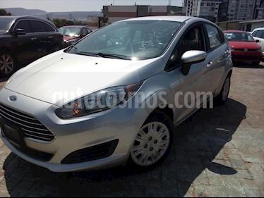 Ford Fiesta Hatchback S usado (2016) color Plata precio $135,000