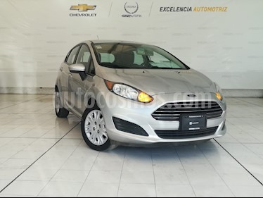 Foto venta Auto Seminuevo Ford Fiesta Hatchback S (2014) color Plata Estelar precio $125,000
