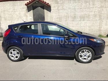 Foto venta Auto usado Ford Fiesta Hatchback SE  Aut (2016) color Azul Brillante precio $155,000