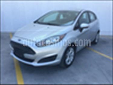 Foto venta Auto usado Ford Fiesta Hatchback SE Aut (2016) color Plata precio $180,000