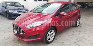 Foto venta Auto usado Ford Fiesta Hatchback SE Aut (2015) color Rojo precio $149,000