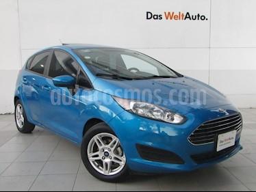 Foto venta Auto usado Ford Fiesta Hatchback SE (2017) color Azul Brillante precio $198,000
