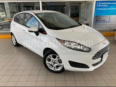 Foto venta Auto usado Ford Fiesta Hatchback SE (2015) color Blanco Oxford precio $144,900