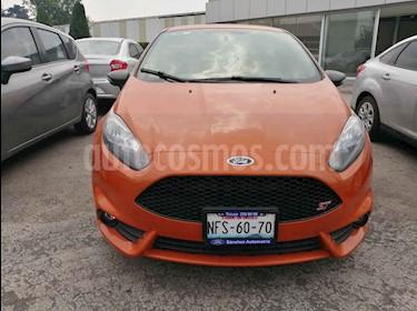 Foto Ford Fiesta Hatchback ST usado (2017) color Naranja precio $284,995