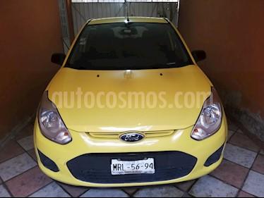 Ford Fiesta Hatchback Trend usado (2013) color Amarillo precio $85,000