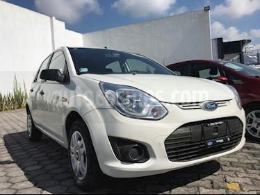 Foto venta Auto Seminuevo Ford Fiesta Ikon Hatch Ambiente (2015) color Blanco precio $89,999