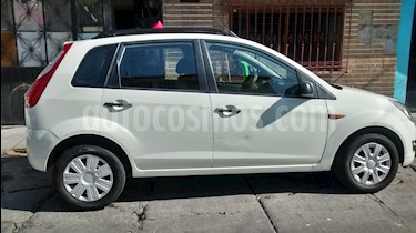 Ford Fiesta Ikon Hatch First 1.6L Ac usado (2012) color Blanco Oxford precio $90,000