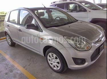Foto venta Auto Seminuevo Ford Fiesta Ikon Hatch First 1.6L Ac (2014) color Plata Metalico precio $107,000