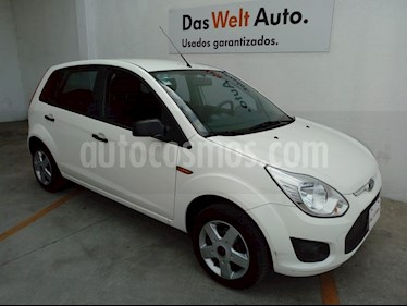 Ford Fiesta Ikon Hatch First 1.6L usado (2015) color Blanco Oxford precio $115,000