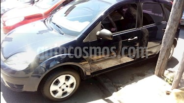Ford Fiesta Kinetic Sedan SE Plus  usado (2006) color Azul precio $235.000