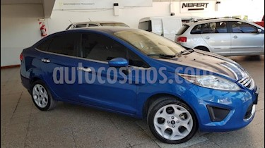 Ford Fiesta Kinetic Sedan Trend Plus usado (2011) color Azul Celeste precio $380.000